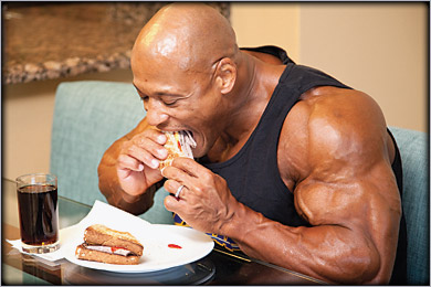 http://www.gymbeginner.hk/wp-content/uploads/2014/05/breakfast-bodybuilder.jpg