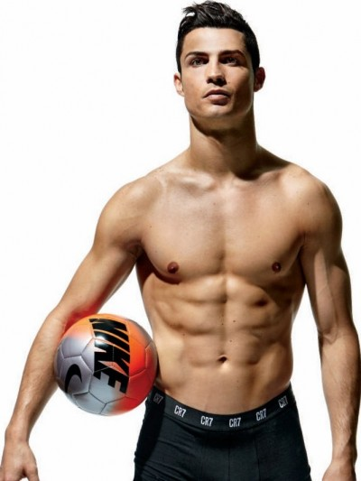 cristiano-ronaldo-goes-shirtless-displays-his-totally-ripped-abs-for-mens-health-01