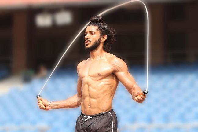 farhan-akhtar-rope-skipping-bhaag-milkha-bhaagjpg