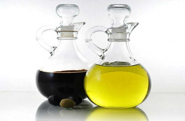 olive-oil-and-vinegar